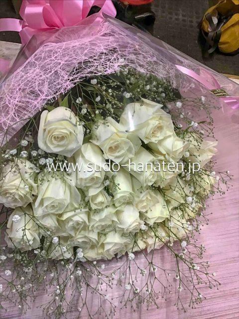 白薔薇の花束